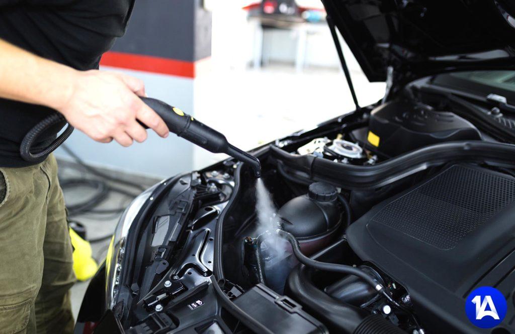 Motorwäsche an Ihrem Fahrzeug